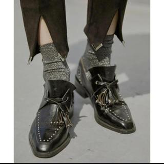 アメリヴィンテージ(Ameri VINTAGE)のAMERI STUDS TASSEL LOAFER(ローファー/革靴)
