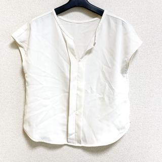 ノーブル(Noble)のノーブル ノースリーブカットソー美品 (カットソー(半袖/袖なし))