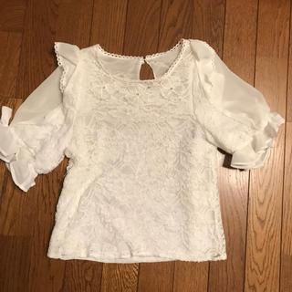リズリサ(LIZ LISA)のリズリサ トップス ブラウス ホワイト(シャツ/ブラウス(半袖/袖なし))
