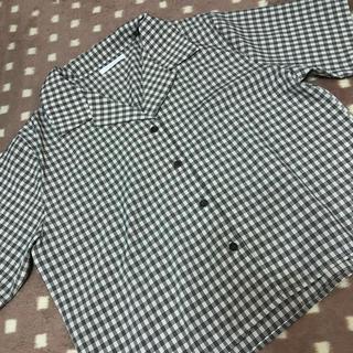 スピンズ(SPINNS)のシャツ(シャツ/ブラウス(半袖/袖なし))