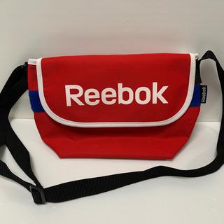 リーボック(Reebok)の[リーボック] ショルダーバッグ スクエア ブランド ロゴ 横型 ユニセックス(ショルダーバッグ)