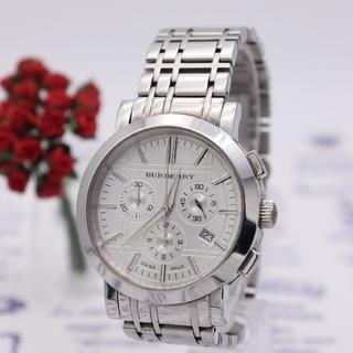 バーバリー(BURBERRY)の正規品【新品電池】BURBERRY/クロノグラフ ホワイト 人気モデル 動作品(腕時計(アナログ))