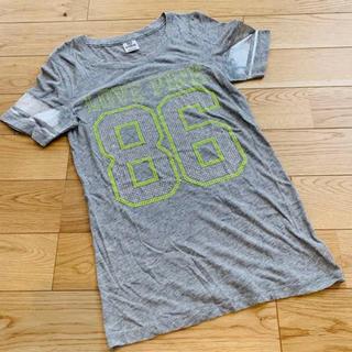 ヴィクトリアズシークレット(Victoria's Secret)のPINK ナンバー ロゴ Tシャツ(Tシャツ(半袖/袖なし))