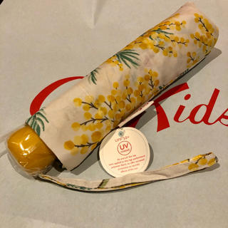 キャスキッドソン(Cath Kidston)の【新品】キャスキッドソン ミモザ柄 折り畳み傘(傘)