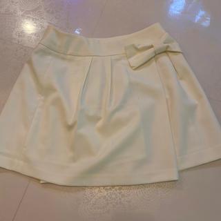 クチュールブローチ(Couture Brooch)のリボン★couture broochホワイトキュロットスカート (キュロット)