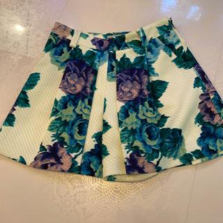 グレースコンチネンタル(GRACE CONTINENTAL)の美品Grace continental花柄キュロットスカート34(キュロット)