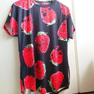 エーシーディーシーラグ(ACDC RAG)のイチゴシャツ(Tシャツ(半袖/袖なし))