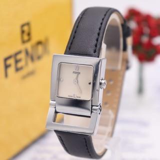 フェンディ(FENDI)の正規品【新品電池】FENDI 5200L/動作品 セレリア アイボリー 人気(腕時計)