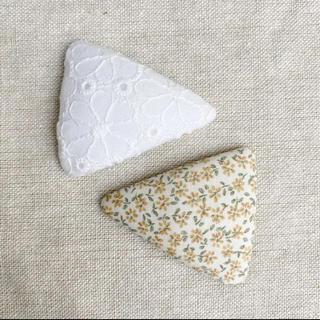 プティマイン(petit main)のサンカクパッチンピン 2セット(ファッション雑貨)