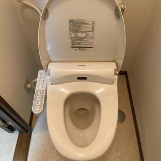 トウシバ(東芝)のシャワートイレ(TOSHIBA製)SCS-TL1(その他)