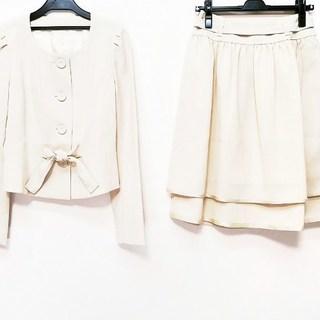トゥービーシック(TO BE CHIC)のトゥービーシック スカートスーツ美品 (スーツ)