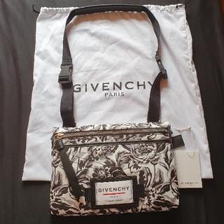 ジバンシィ(GIVENCHY)のGIVENCHY PARIS (バッグパック/リュック)