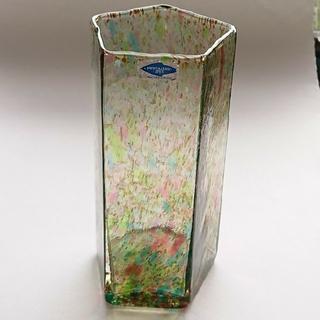 イッタラ(iittala)のヌータヤルヴィ Oiva Toikka Tahiti Vase タヒチ ベース(ガラス)