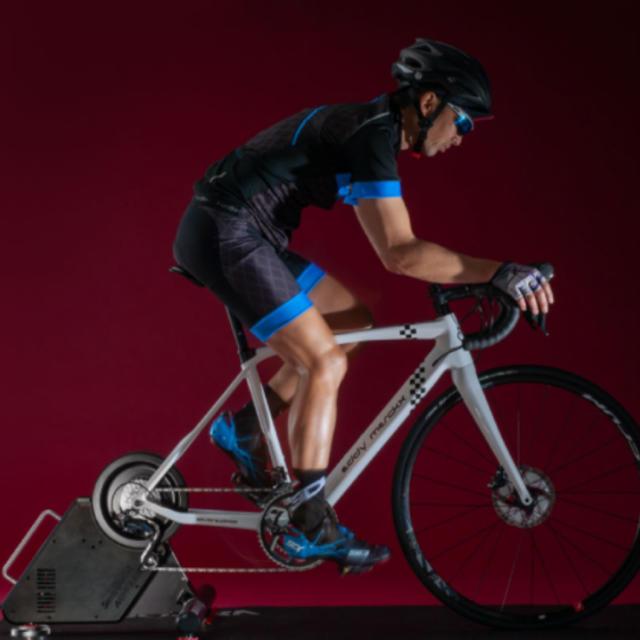 ミノウラ スマートトレーナー『スマートターボ神楽DD』LSD9200 スポーツ/アウトドアの自転車(その他)の商品写真
