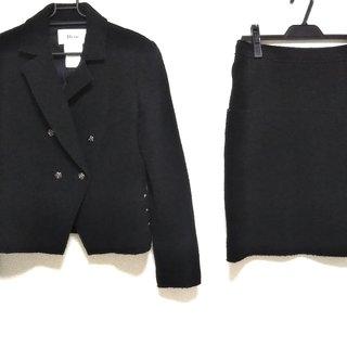 ルネ(René)のルネ スカートスーツ レディース美品  黒(スーツ)