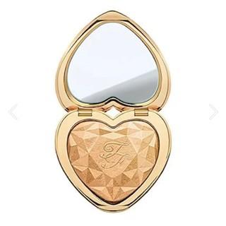トゥフェイス(Too Faced)のTooFaced Love Light ラブライトハイライター ゴールド (フェイスパウダー)