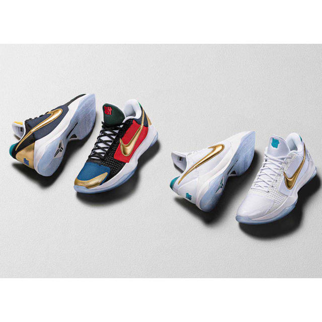 NIKE(ナイキ)の【新品未使用】UNDEFEATED × NIKE KOBE 5 PROTRO  メンズの靴/シューズ(スニーカー)の商品写真