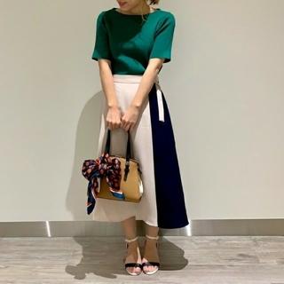 テチチ(Techichi)の【新品未使用】テチチ 麻調ツイル配色スカート(ひざ丈スカート)