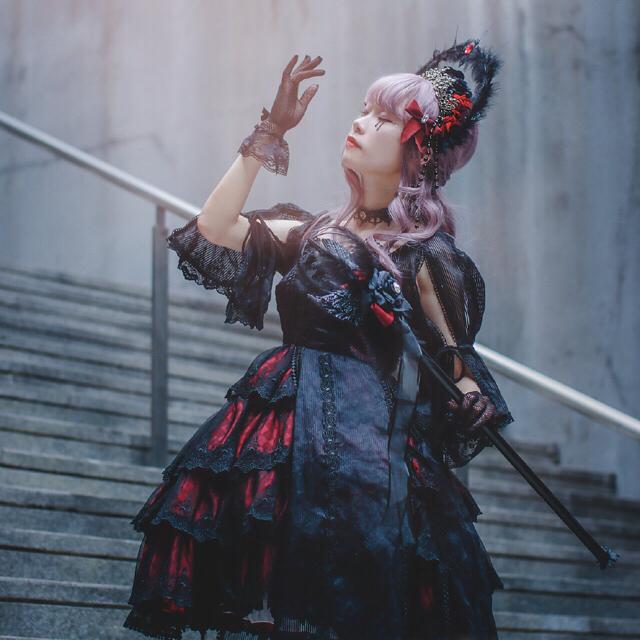 Angelic Pretty(アンジェリックプリティー)のゴッシク ロリータ  夢蝶 ハロウィン 地雷系 黒赤ワンピース レディースのワンピース(ひざ丈ワンピース)の商品写真