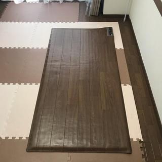 パナソニック(Panasonic)のかんたん床暖 1畳(ホットカーペット)