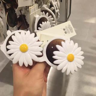 エイチアンドエム(H&M)のH&M マーガレットサングラス(サングラス/メガネ)