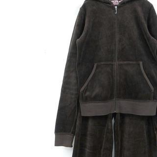 ジューシークチュール(Juicy Couture)のUSA製 ジューシークチュール 刺しゅうデザイン セットアップジャージ ベロア(セット/コーデ)
