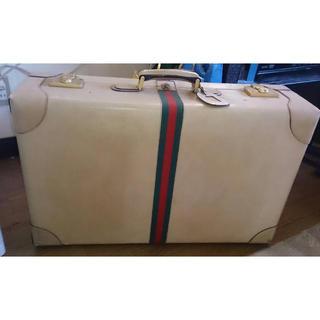 グッチ(Gucci)のgucciスーツケース(トラベルバッグ/スーツケース)