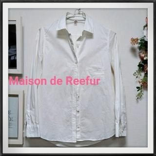 メゾンドリーファー(Maison de Reefur)の美品!メゾン ド リーファー  長袖シャツ M ホワイト 白(シャツ/ブラウス(長袖/七分))