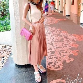 レディー(Rady)の【新品タグ付き】Rady プリーツスカート 人気完売商品♥(ロングスカート)