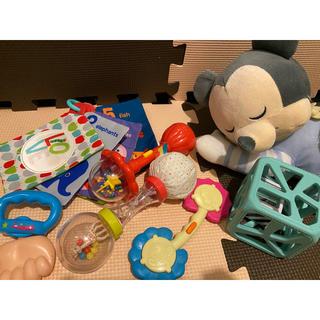 ディズニー(Disney)のミッキー いっしょにねんねすやすやメロディ、おもちゃセット(オルゴールメリー/モービル)