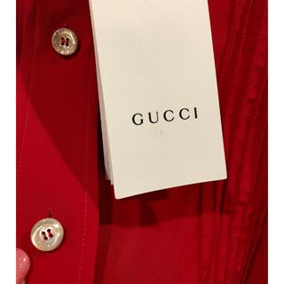 グッチ(Gucci)のグッチ赤のシルクブラウス(シャツ/ブラウス(長袖/七分))