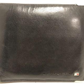 トミーヒルフィガー(TOMMY HILFIGER)のトミーヒルフィガー 2つ折り財布 黒 レザー(財布)