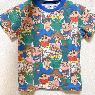 ラクマ最安!クレヨンしんちゃん【総柄Tシャツ 120サイズ】(Tシャツ/カットソー)