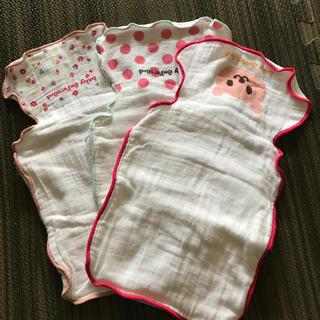 アンパサンド(ampersand)の赤ちゃん 背中 汗取りガーゼ3枚セット(肌着/下着)