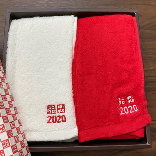 ユニクロ(UNIQLO)のユニクロ タオル 紅白 非売品(タオル/バス用品)