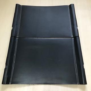 カーミットチェア レザーシート 本革 1脚分(テーブル/チェア)
