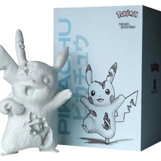 メディコムトイ(MEDICOM TOY)のDaniel Arsham Blue Crystalized Pikachu (キャラクターグッズ)