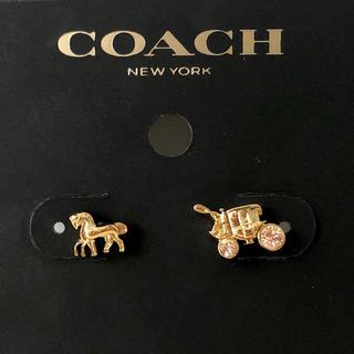 コーチ(COACH)のコーチ 馬車 ホース アンド キャリッジ ロゴ ダイヤ ゴールド 新品 ピアス(ピアス)