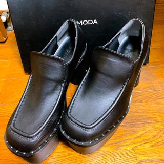 エモダ(EMODA)のEMODA厚底M(ローファー/革靴)