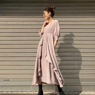アメリヴィンテージ(Ameri VINTAGE)のmiel invaliant❥❥ Drape Theater Dress(ひざ丈ワンピース)