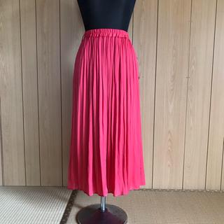 イッカ(ikka)の新品未使用 ikka(イッカ)ピンク色スカート (ロングスカート)