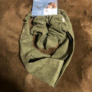 シマムラ(しまむら)のしまむら×プチプラのあや シュシュ付きヘアバンド 濃緑 カーキ(ヘアバンド)