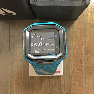 ニクソン(NIXON)の【サーフィン】NIXON ULTRA TIDE MARBLE BLUE 腕時計(腕時計(デジタル))