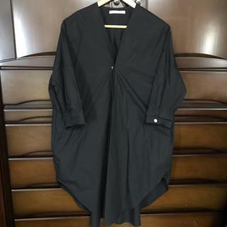 フィグロンドン(fig London)のnachukara ノーカラーシャツ(シャツ/ブラウス(長袖/七分))