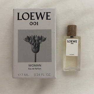 ロエベ(LOEWE)のLOEWE 001 WOMAN  EDP 7ml(香水(女性用))
