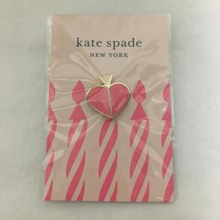 ケイトスペードニューヨーク(kate spade new york)のケイトスペード ニューヨーク ピンバッチ(バッジ/ピンバッジ)