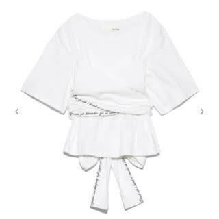 リリーブラウン(Lily Brown)のリリーブラウン バックリボン付きTシャツ ホワイト(Tシャツ(半袖/袖なし))
