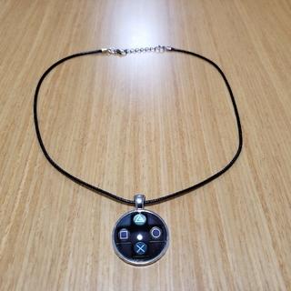 プレイステーション4(PlayStation4)のPlayStationネックレスと ハテナブロックネックレス(ネックレス)