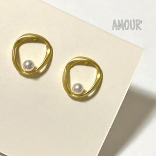 イエナスローブ(IENA SLOBE)のmatte gold pearl pierce(ピアス)