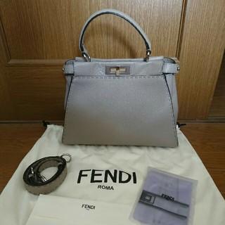 フェンディ(FENDI)のFENDIピーカブーセレリア(ハンドバッグ)